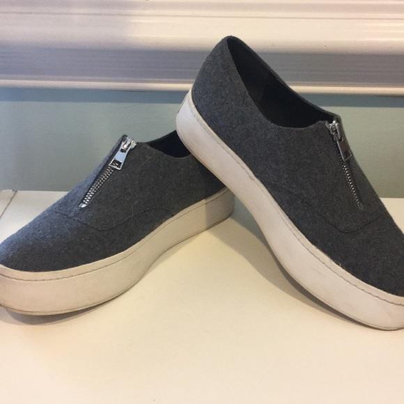 b28cfc568f7 Vince Warner Zip-Front Flannel Platform Sneakers. M 5b7857ebc9bf508943dd8b00